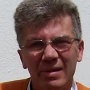 Enrique Hoyos