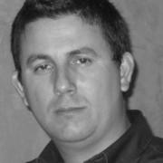 Mauricio Oviedo