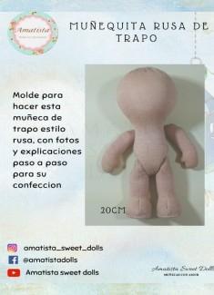 Muñeca de trapo estilo rusa